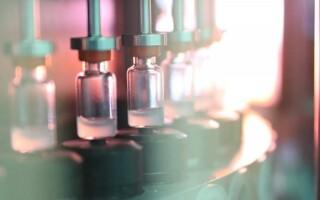 В «Векторе» объяснили необходимость разработки «ЭпиВакКороны-Н»