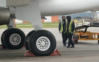 В США нашли человеческие останки в нише шасси вернувшегося из Кабула самолета
