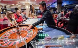 Совет Федерации одобрил закон об идентификации клиентов казино